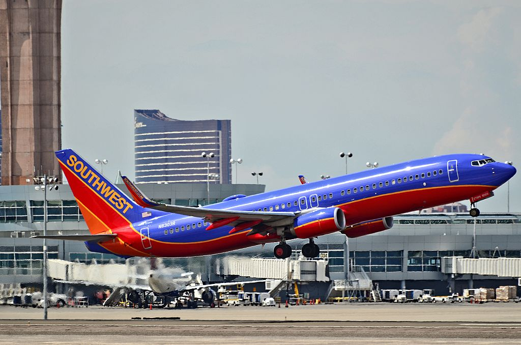N8303R Southwest Airlines Boeing 737 8H4 departing McCarran International Airport KLAS