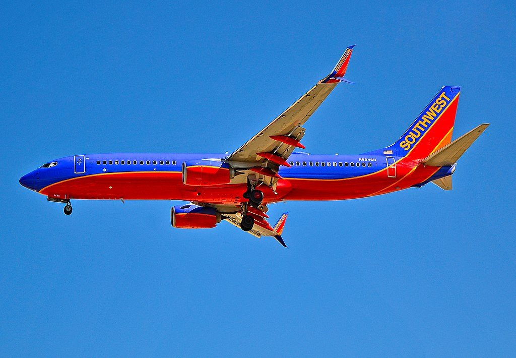 N8646B Southwest Airlines Aircraft Fleet Boeing 737 8H4 with Split Scimitar Winglets