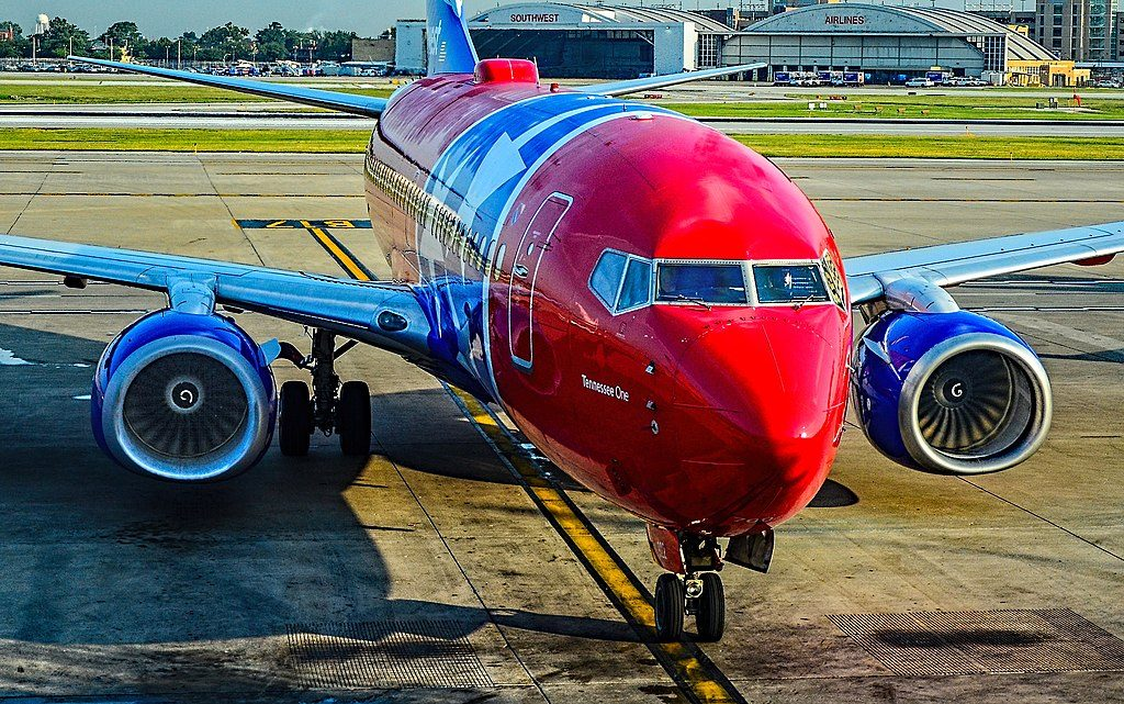 N922WN Southwest Airlines Fleet Boeing 737 7H4 sn 32461 Tennessee One Special Livery Colors at Chicago Midway International Airport