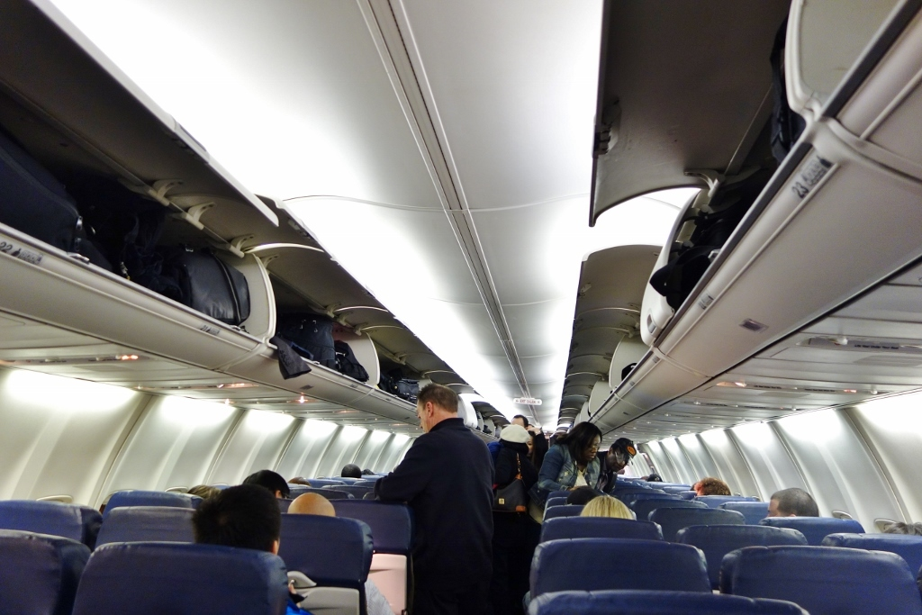 Southwest Airlines Aircraft Boeing 737 700 Onboard Economy cabin configuration with 3 3 seats layout