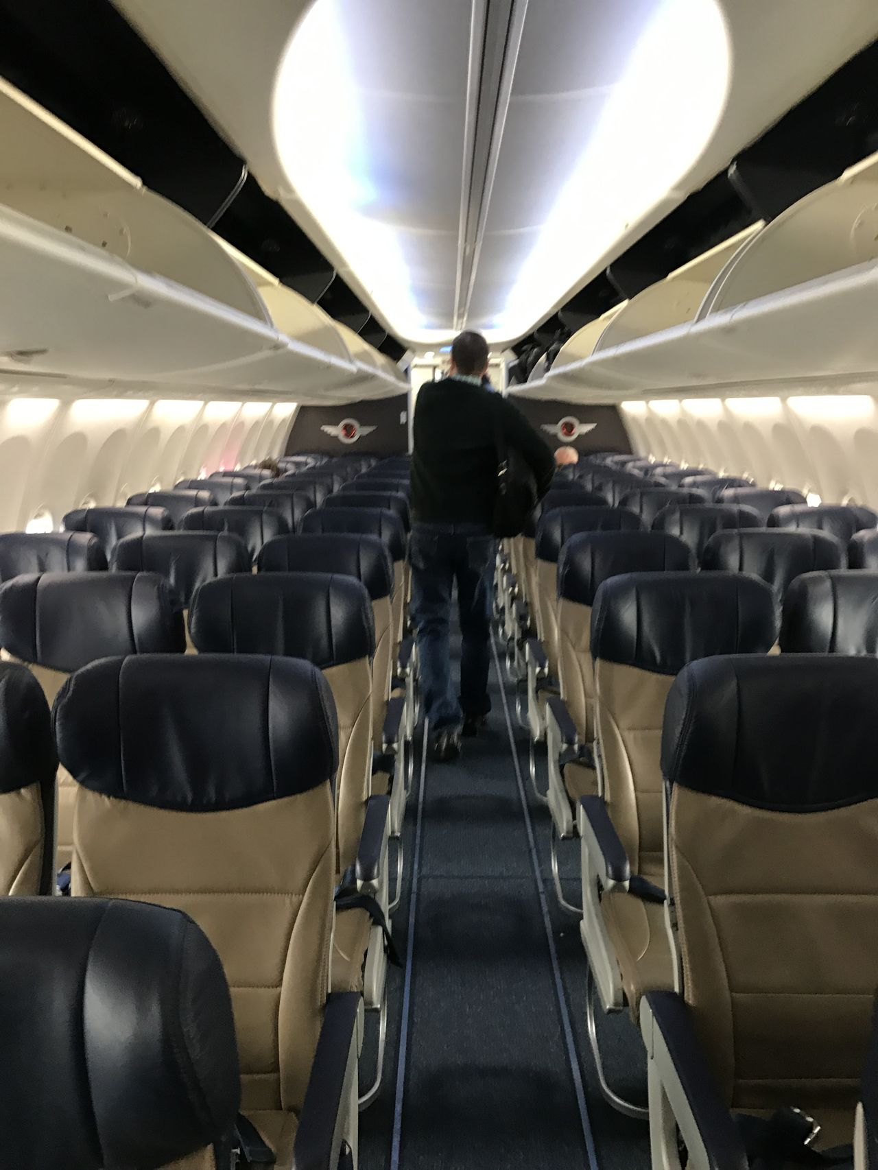 Southwest Airlines Fleet Boeing 737 800 Economy Cabin Interior Configuration with 3 3 Seats Layout
