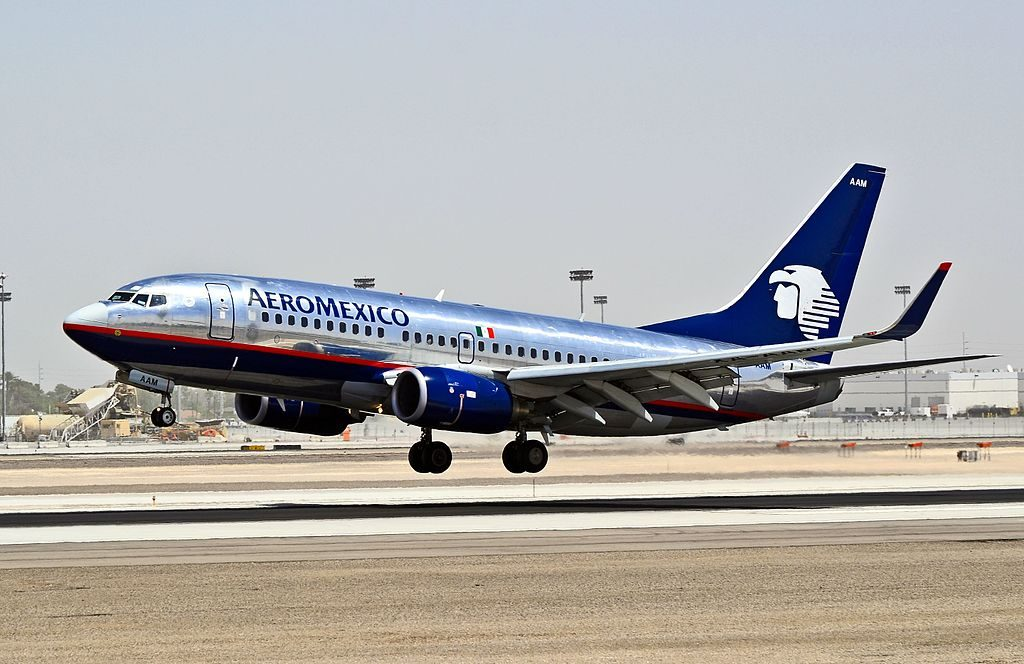 AeroMexico Boeing 737 752 XA AAM landing at Las Vegas McCarran International