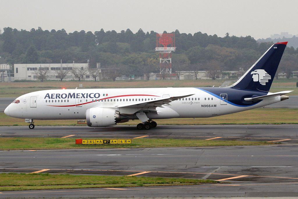 AeroMexico N966AM Boeing 787 8 Dreamliner at Tokyo Narita International Airport