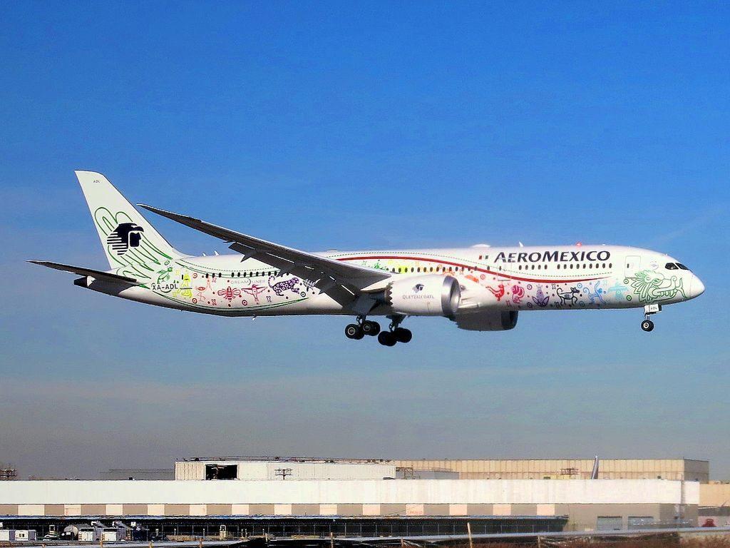 Aeroméxico Boeing 787 9 Dreamliner XA ADL Quetzalcoatl special livery at JFK Airport