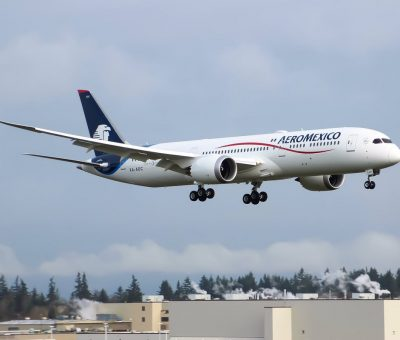 Aeromexico Boeing 787 9 Dreamliner XA ADC flight from KPAE to KMWH