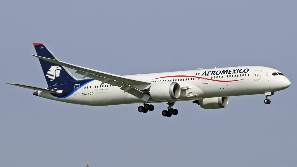 Aeromexico Boeing 787 9 Dreamliner XA ADC on final approach at Amsterdam Schiphol AMS EHAM