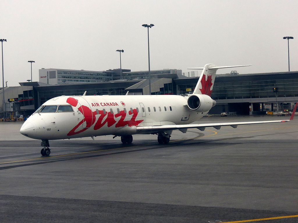 Air Canada Express Jazz Bombardier CRJ 200 C GKEJ at Montréal–Pierre Elliott Trudeau International Airport