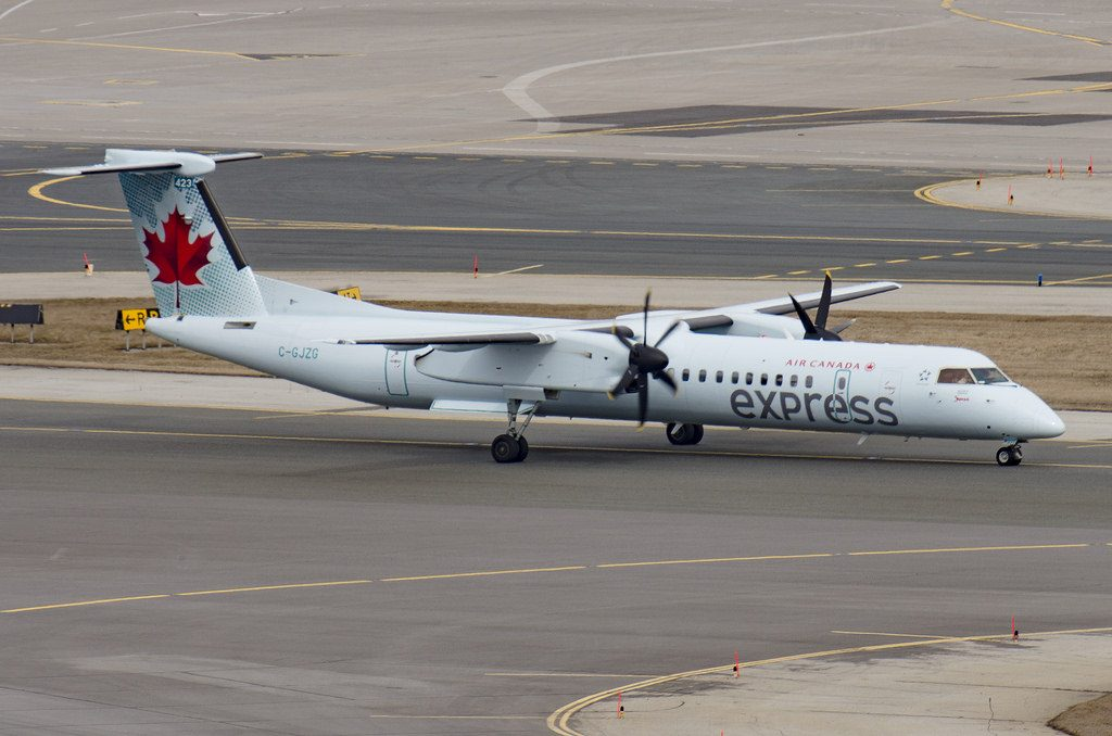 Air Canada Express Jazz C GJZG Bombardier DHC 8Q 402 4507 at Toronto Pearson Airport