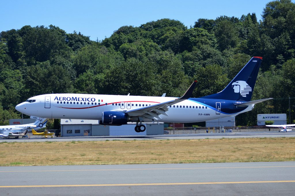 Boeing 737 800 Aeromexico aircraft fleet XA AMN landing and takeoff at KBFI airport