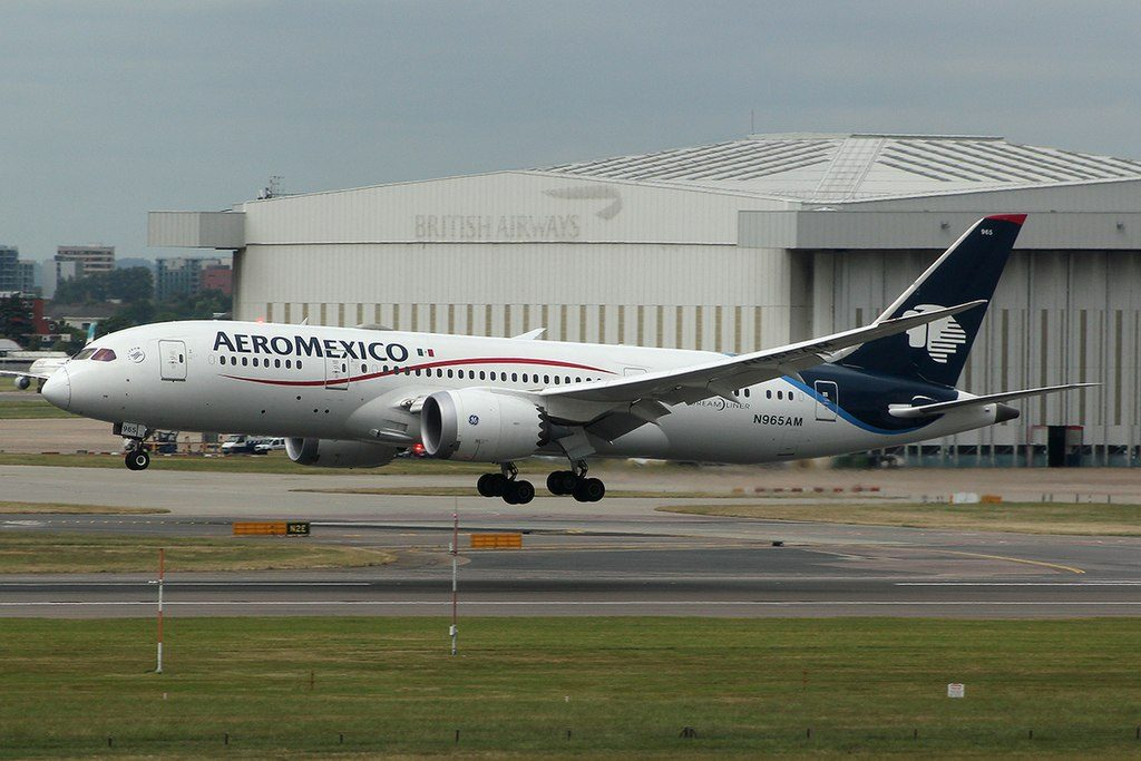 Boeing 787 8 Dreamliner of Aeroméxico N965AM at London Heathrow Airport