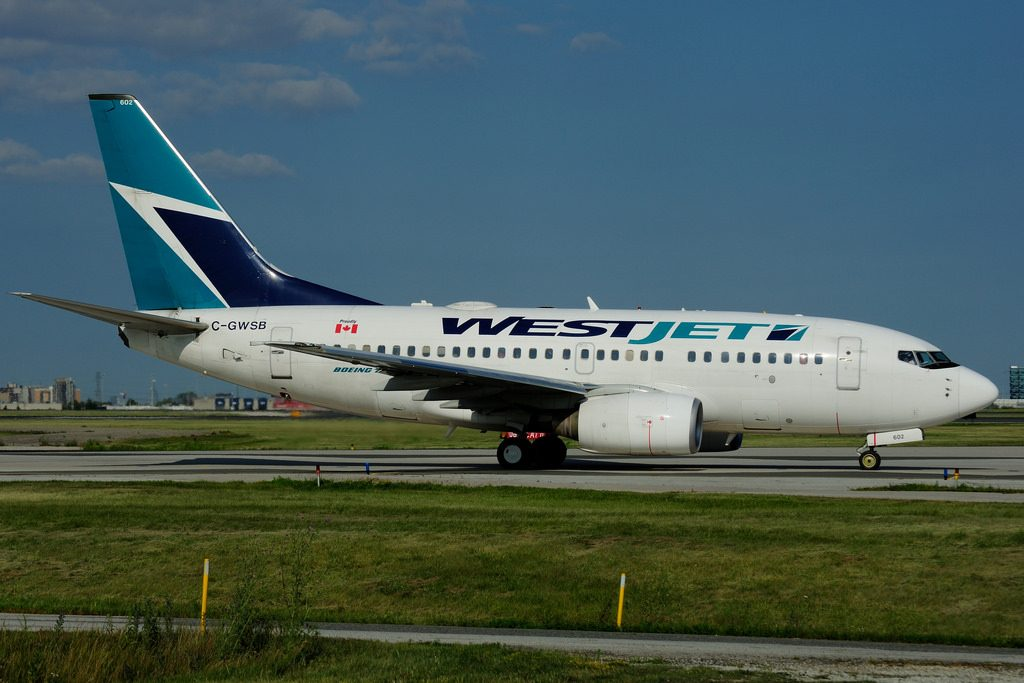 Boeing B737 6CT WestJet C GWSB at Toronto Lester B. Pearson Airport YYZ