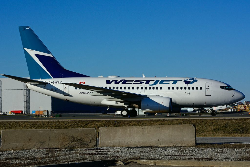 Boeing B737 6CT WestJet C GWSK at Toronto Lester B. Pearson Airport YYZ