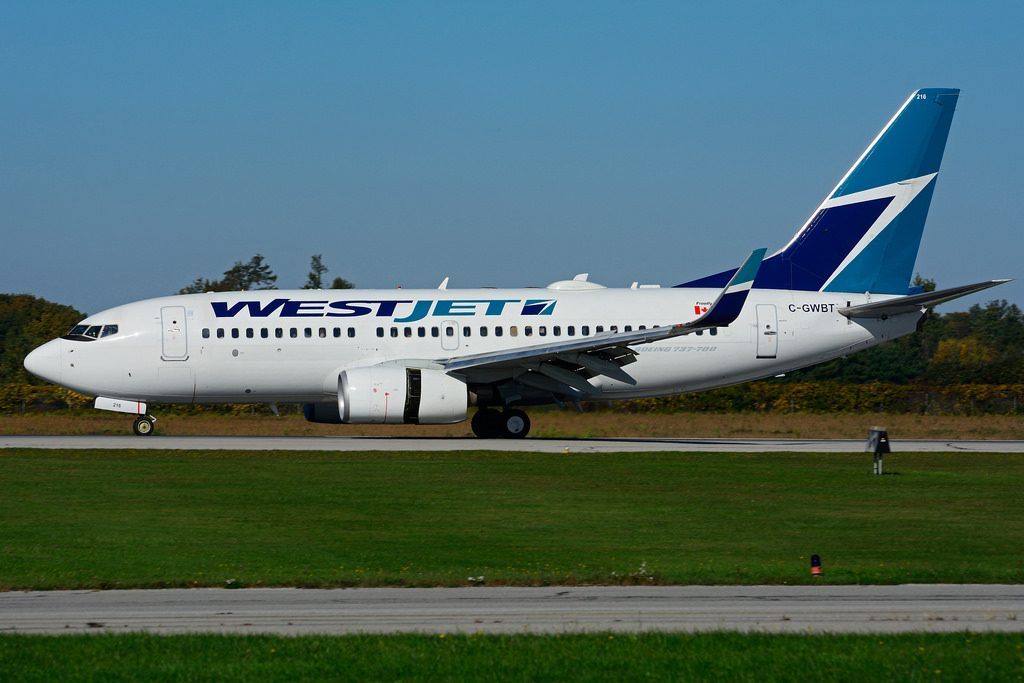 Boeing B737 7CTW WestJet C GWBT at Hamilton International Airport YHM