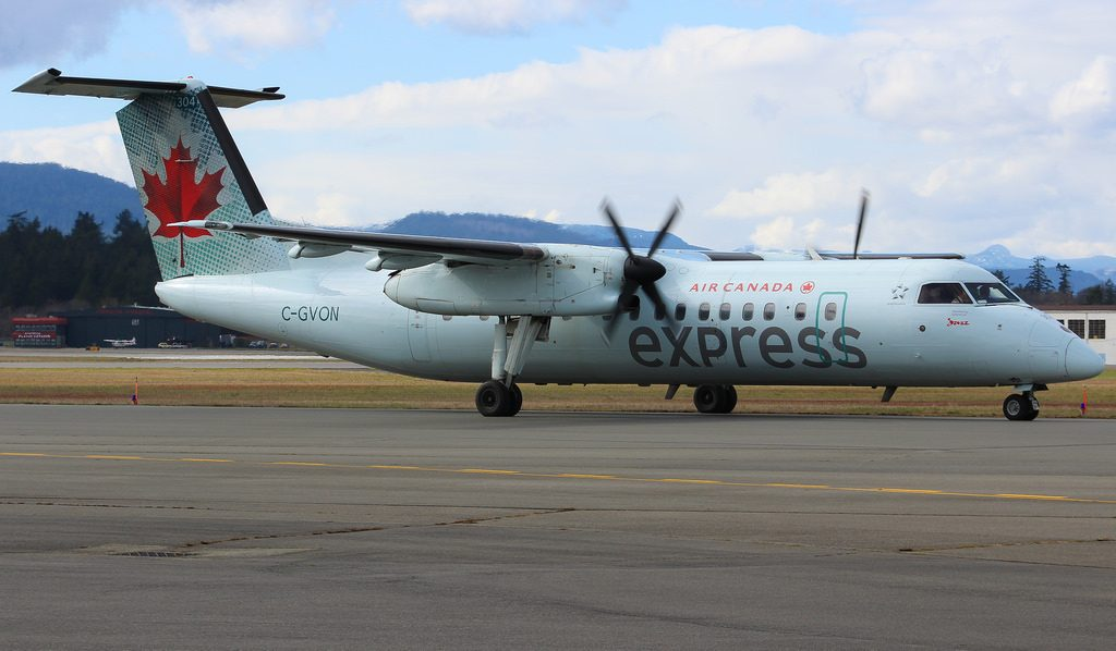 C GVON Air Canada Express Bombardier Dash 8 300 at Victoria International Airport YYJ