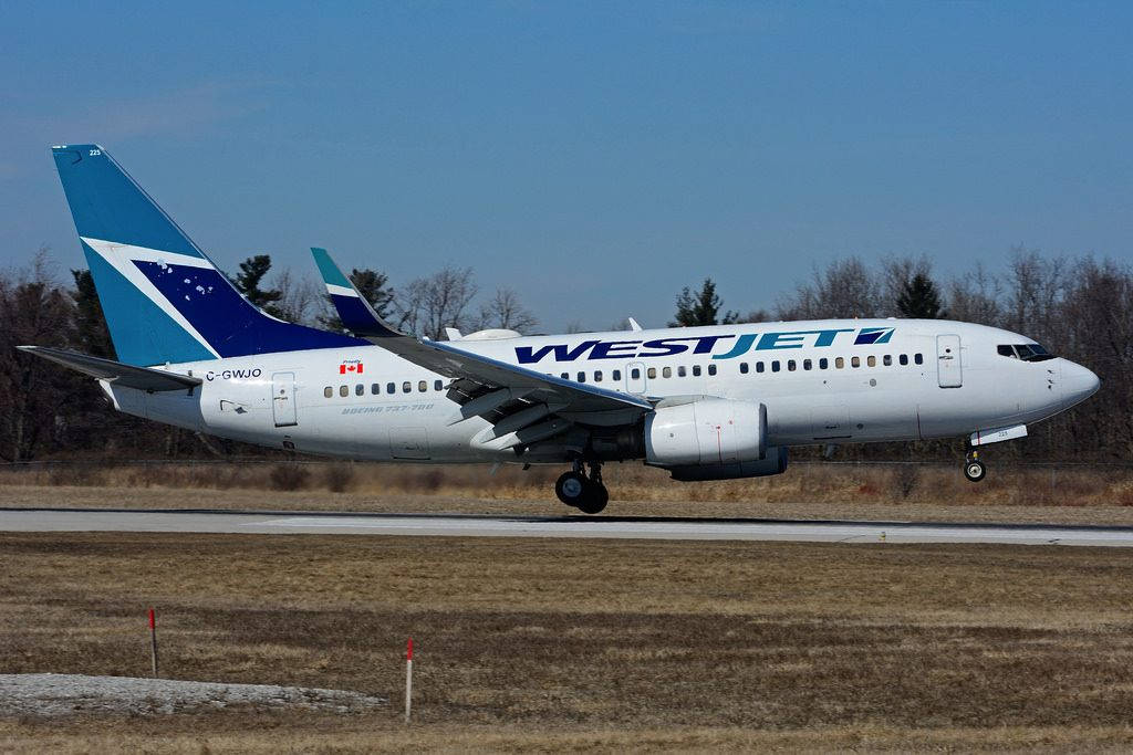 C GWJO Boeing B 737 7CTW WestJet at Hamilton International Airport YHM