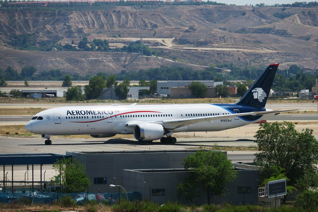 N183AM Boeing 787 9 Dreamliner Aeromexico arriving in Madrid Barajas