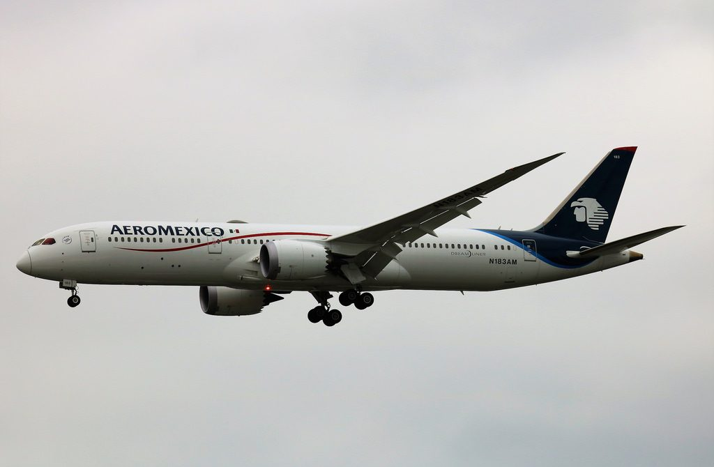 N183AM Boeing 787 9 Dreamliner Aeromexico at London Heathrow LHR EGLL