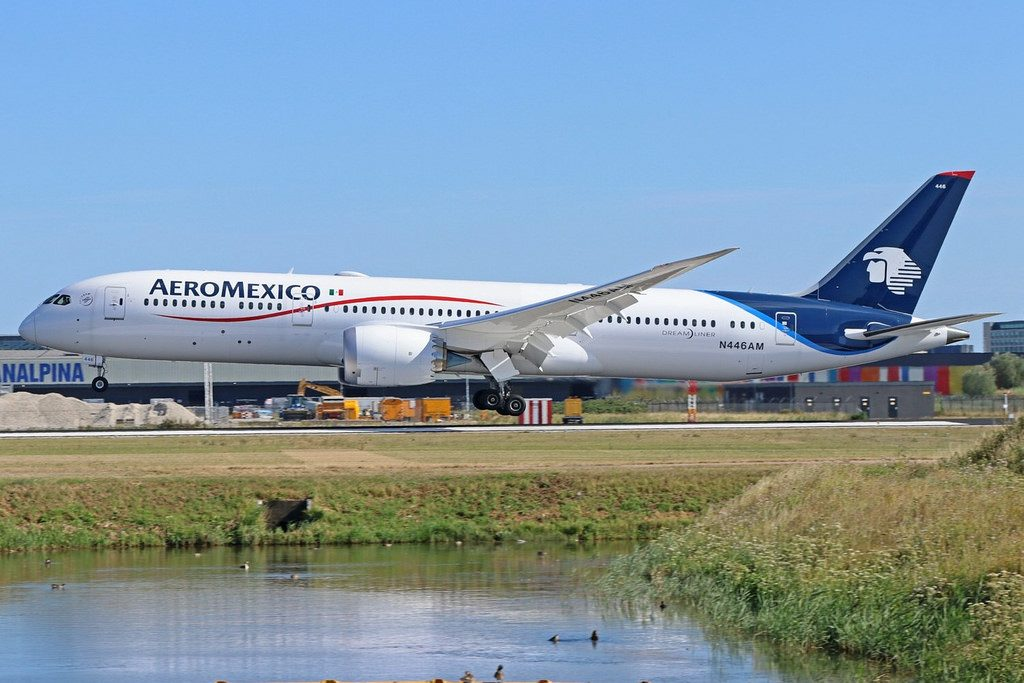 N446AM AeroMexico Boeing 787 9 Dreamliner at Amsterdam Schiphol Airport
