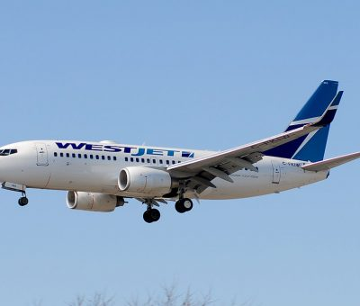 WestJet Boeing 737 7CT C FKIW Narrow body aircraft photos