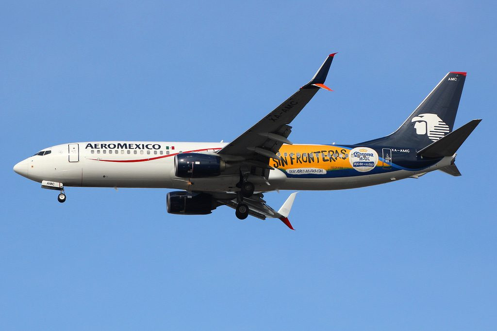 XA AMC Boeing 737 852W AeroMexico special Musica sin Fronteras livery colours at JFK Airport
