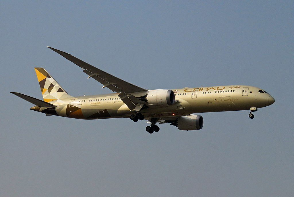 A6 BLG Boeing 787 9 Dreamliner of Etihad Airways on final approach at Beijing Capital International Airport