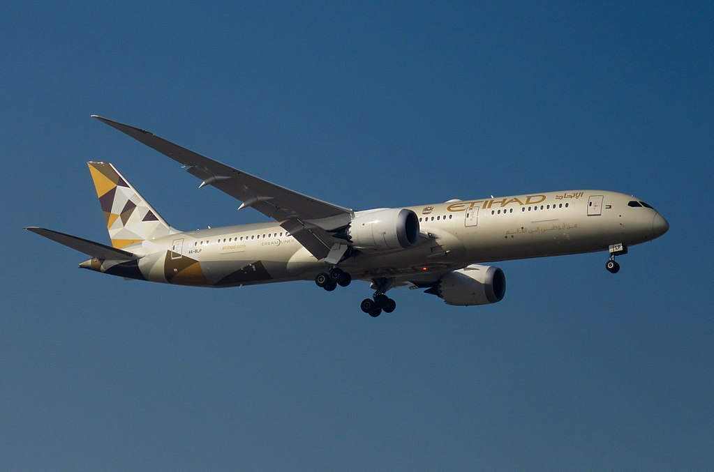 A6 BLP Boeing 787 9 Dreamliner of Etihad Airways at Beijing Capital International Airport