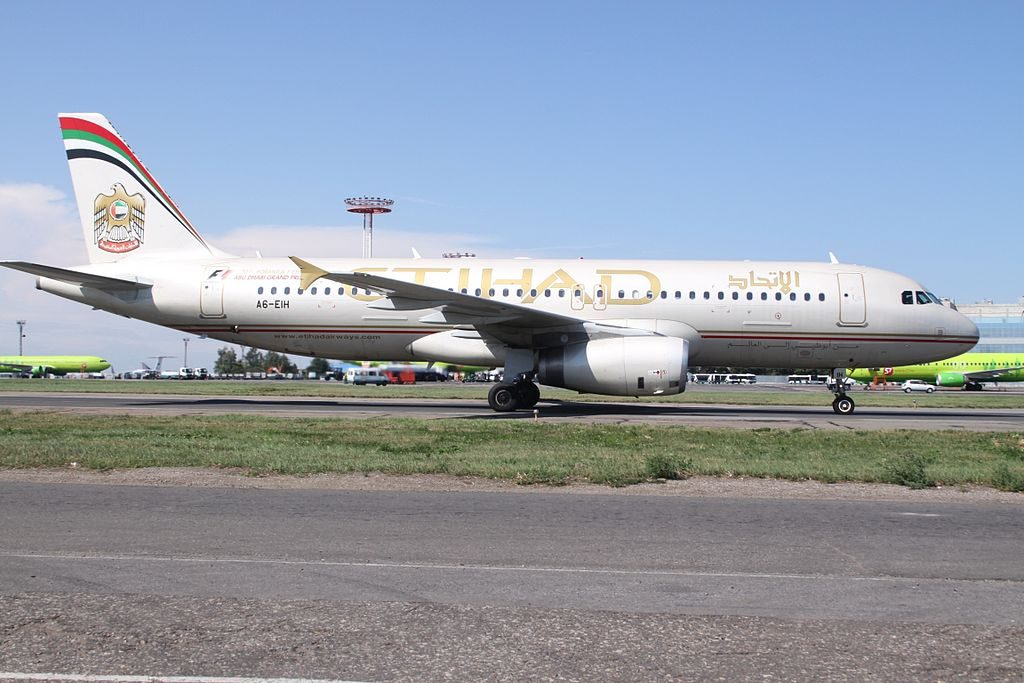 A6 EIH Airbus A320 200 of Etihad Airways at Domodedovo International Airport