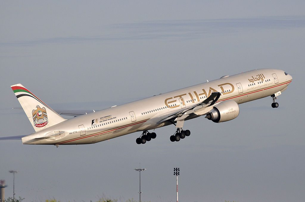 A6 ETO Boeing 777 300ER of Etihad Airways departing Paris Charles de Gaulle Airport