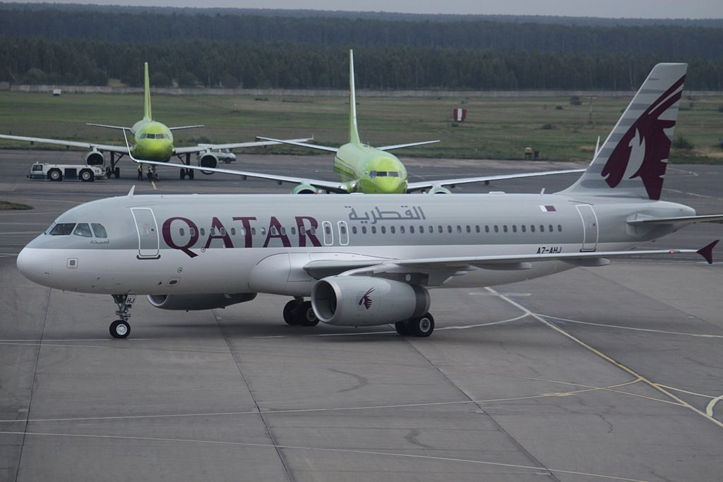 A7 AHJ Airbus A320 200 Qatar Airways at Domodedovo International Airport