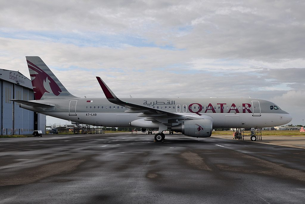 A7 LAB Airbus A320 214SL Qatar Airways at Shannon Airport