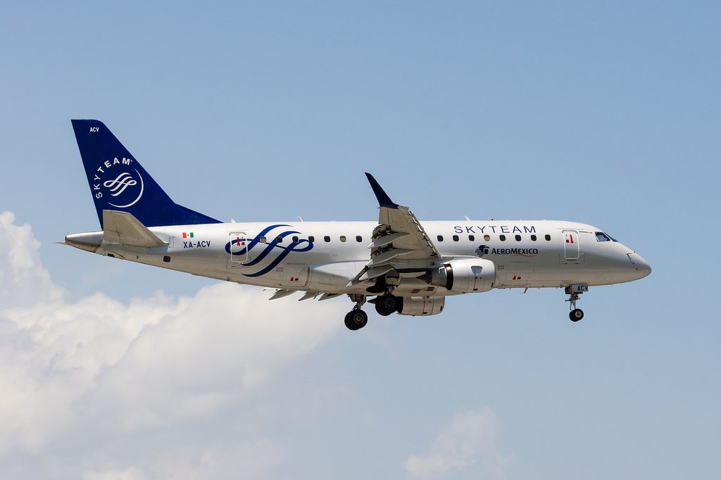 Aeromexico Connect XA ACV Embraer CRJ 170 on SKYTEAM special livery
