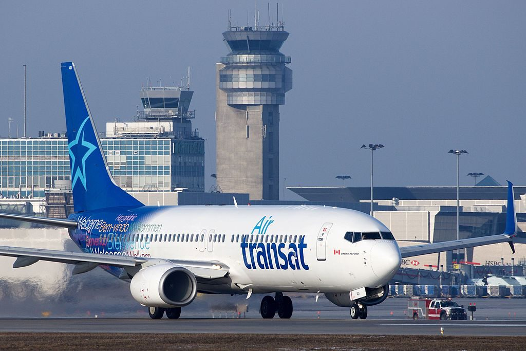 Air Transat Boeing 737 800 C GTQB at Montréal Pierre Elliott Trudeau International Airport