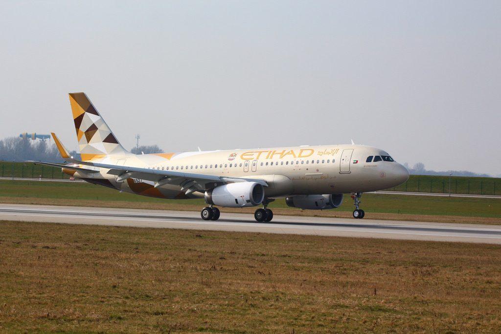 Airbus A320 200 Etihad Airways Aircraft Fleet A6 EJA Photos