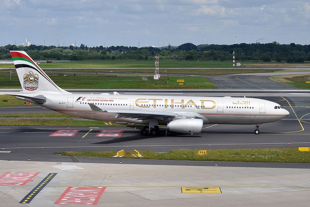 Airbus A330 200 of Etihad Airways A6 EYT at Düsseldorf Airport