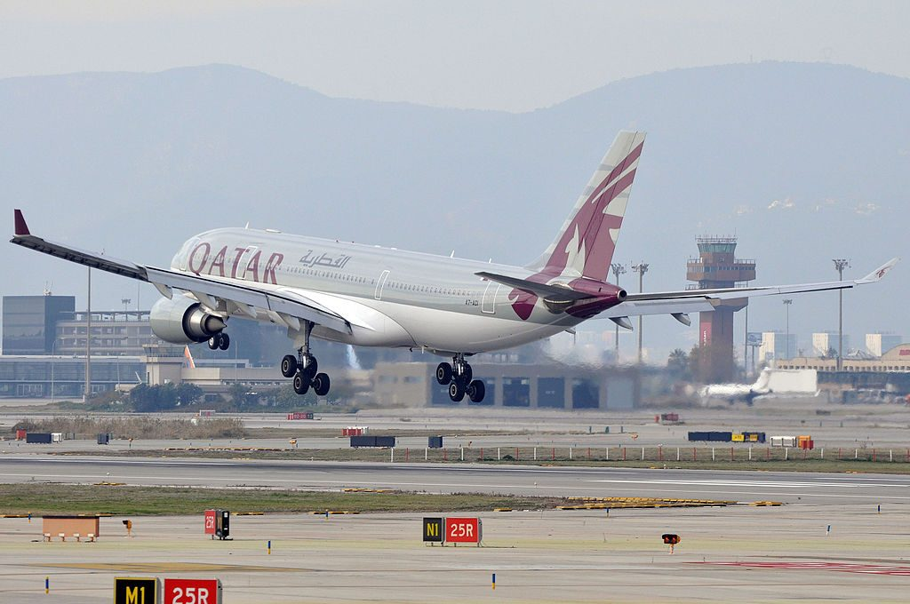 Airbus A330 200 of Qatar Airways A7 ACI landing at Barcelona Airport