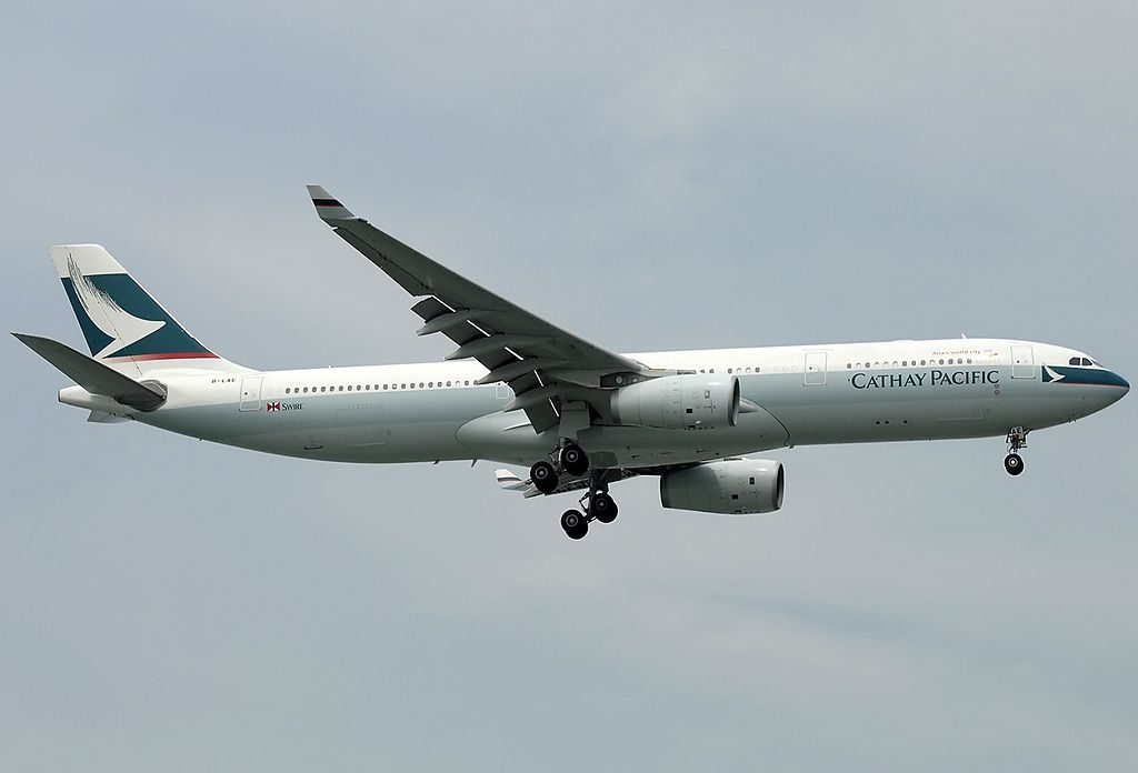 Airbus A330 343X Cathay Pacific Airways B LAE at Singapore Changi Intl Airport WSSS