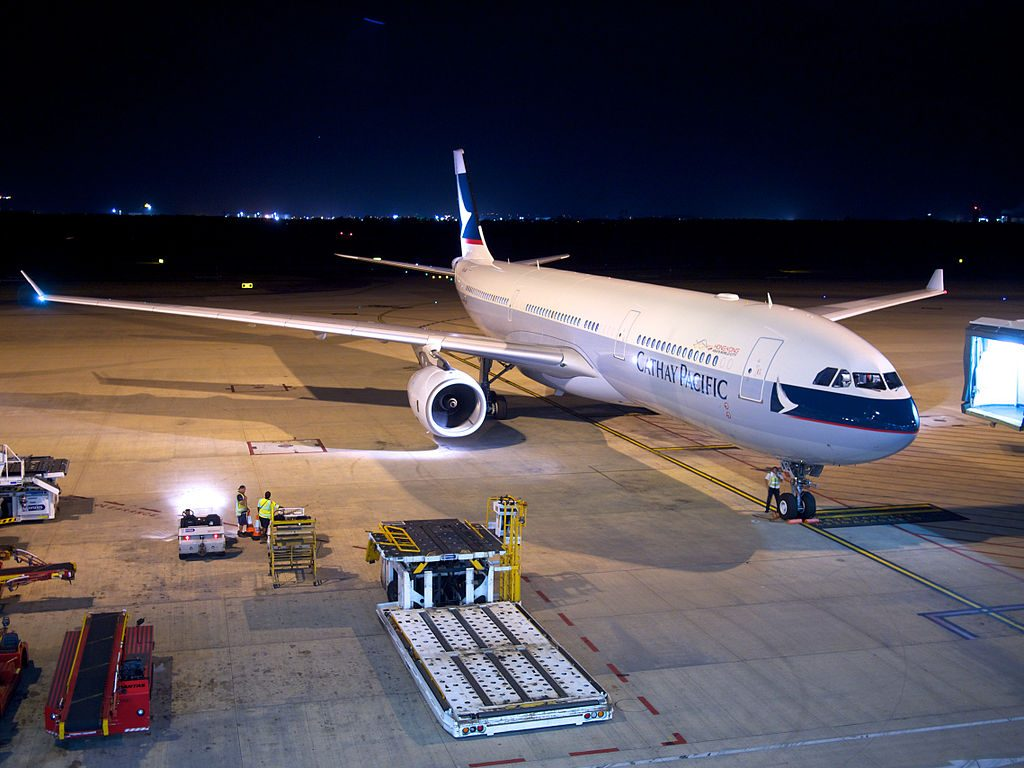 B LAQ cn 1349 A330 343X Cathay Pacific Brisbane