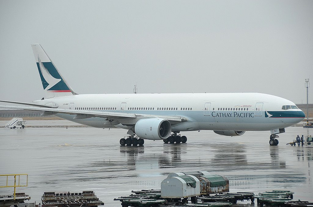 Boeing 777 200 of Cathay Pacific B HNC at Shanghai Pudong International Airport