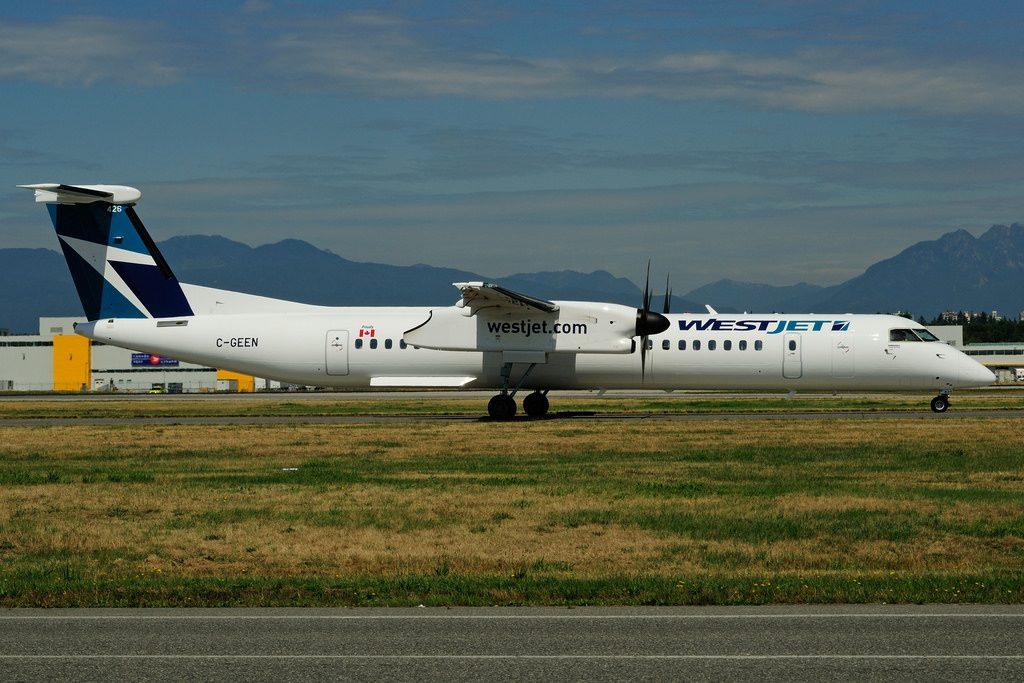 C GEEN Bombardier DHC 8Q 402 WestJet Encore at Vancouver International Airport YVR