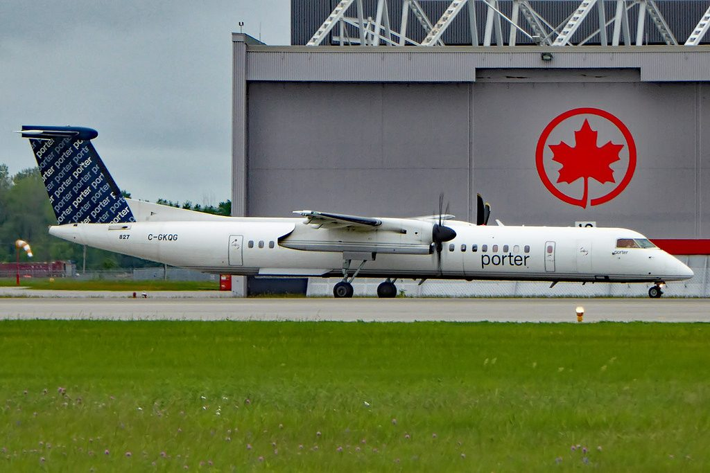 C GKQG Bombardier DHC 8 402NG Porter Airlines POE YUL
