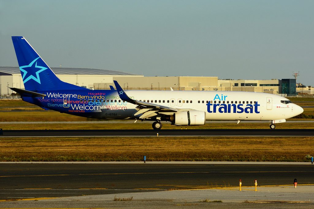 C GTQJ Boeing 737 8Q8W Air Transat leased from AerCap at Toronto Lester B. Pearson Airport YYZ