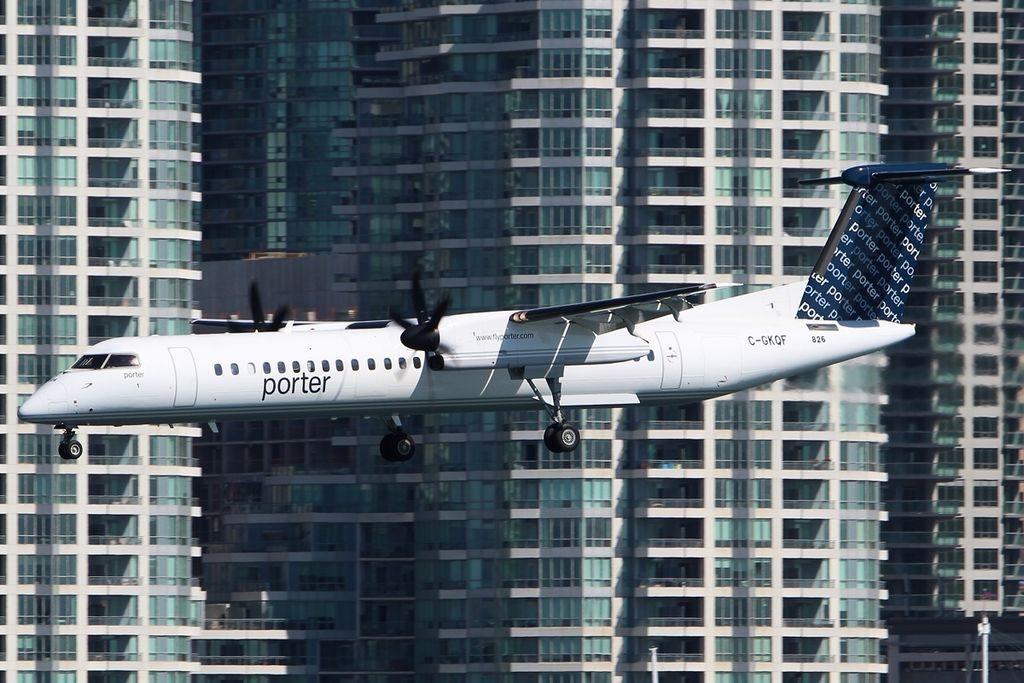 De Havilland Canada DHC 8 402Q Porter Airlines C GKQF YTZ Toronto ON Toronto Island Airport
