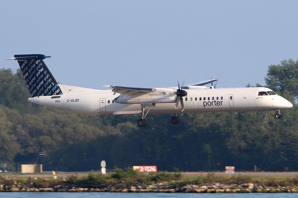 De Havilland Canada DHC 8 402Q Porter Airlines C GLQO YTZ Toronto ON Toronto Island Airport