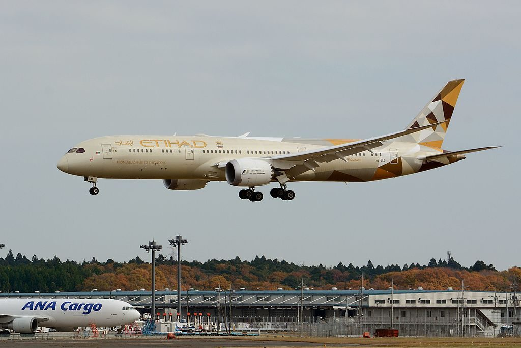 Edihad Airways Boeing 787 9 Dreamliner A6 BLD at Narita International Airport NRT