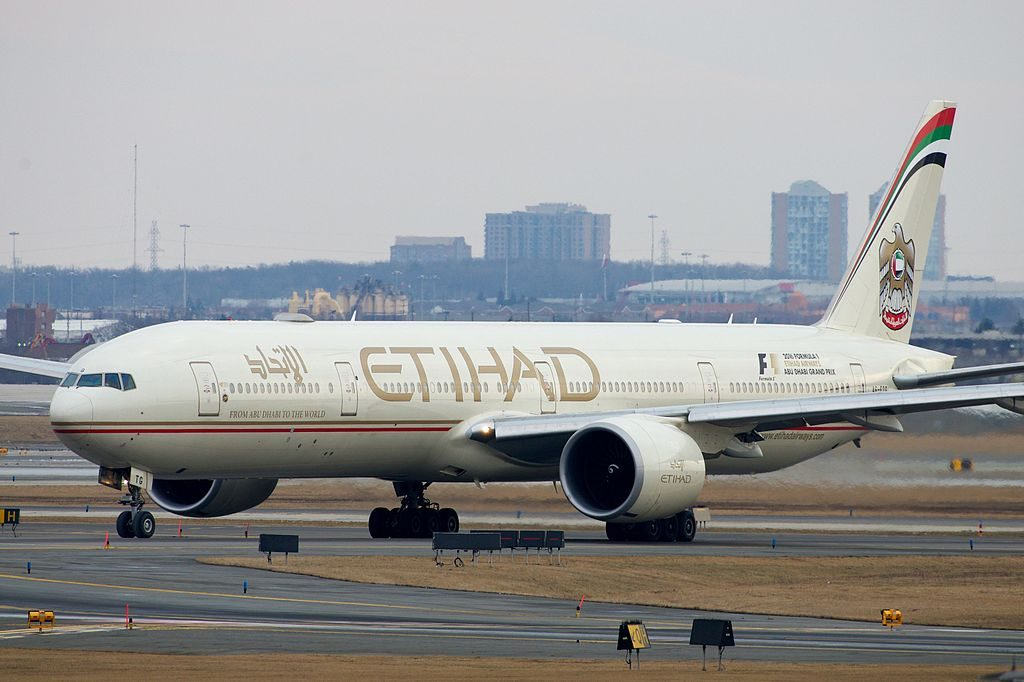 Ethiad Airways Boeing 777 300ER A6 ETG at Toronto Pearson International Airport