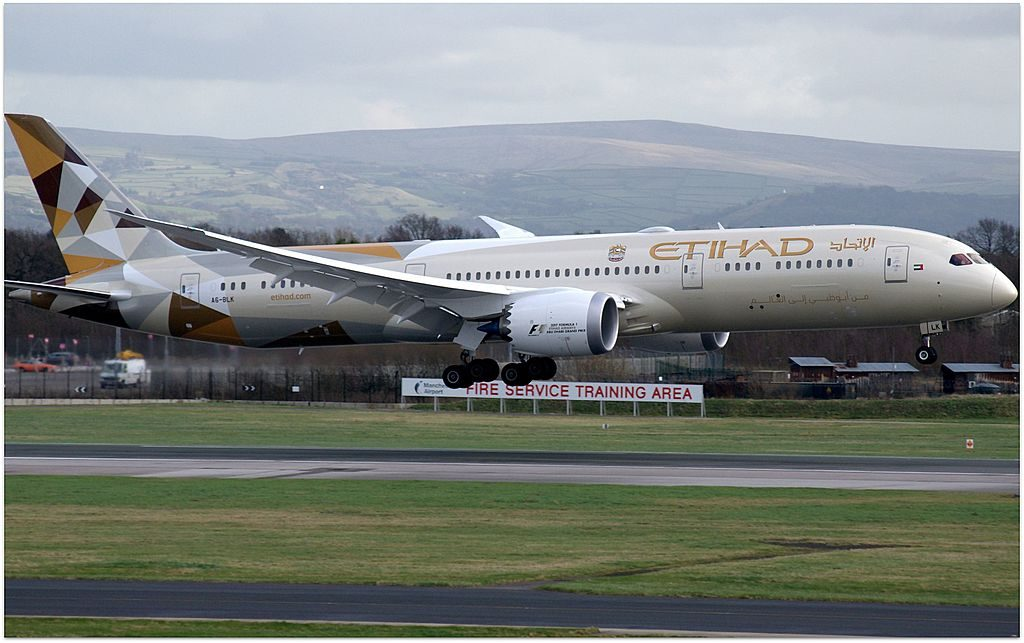 Etihad Airways Boeing 787 9 Dreamliner A6 BLK at Manchester Airport