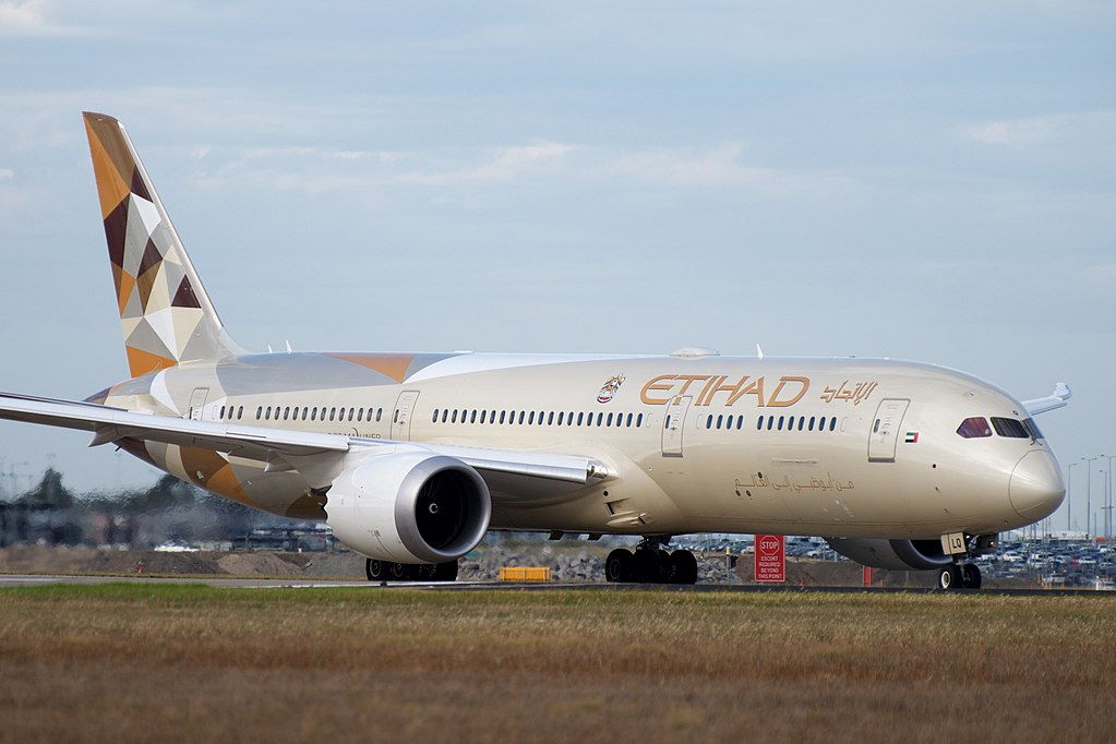 Etihad Airways Boeing 787 9 Dreamliner A6 BLQ at Melbourne Airport