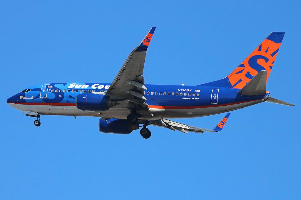 N710SY Boeing 737 73VW Sun Country Airlines 22Lake Minnewashta22 New York JFK