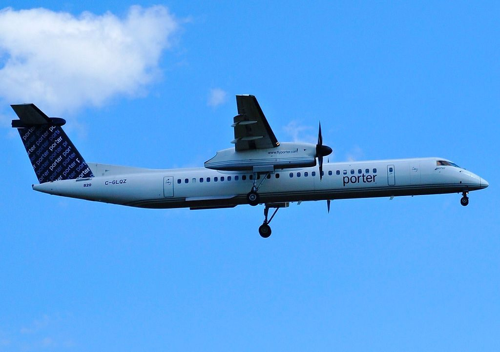 Porter Airlines Turboprop Aircraft C GLQZ Bombardier Dash 8 Q400