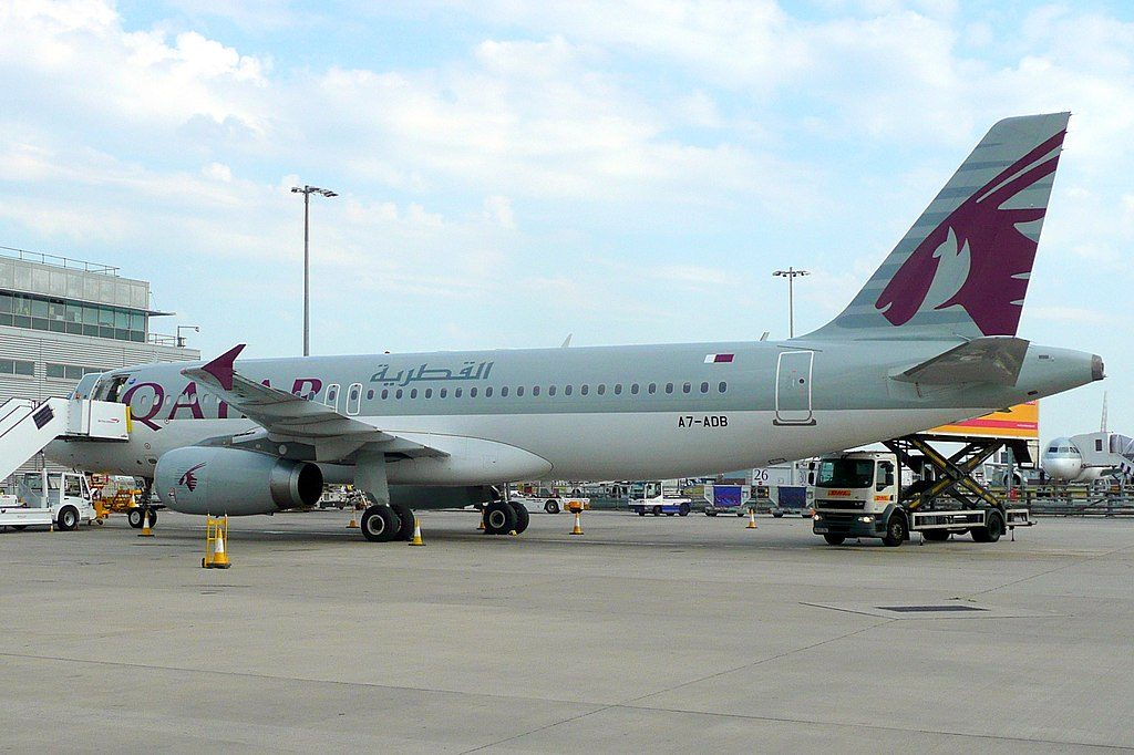Qatar Airways A7 ADB Airbus A320 200 at London Heathrow Airport